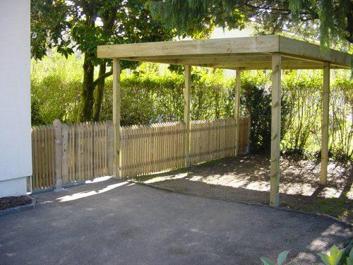 Construction du couvert ainsi que la pose de la barrière